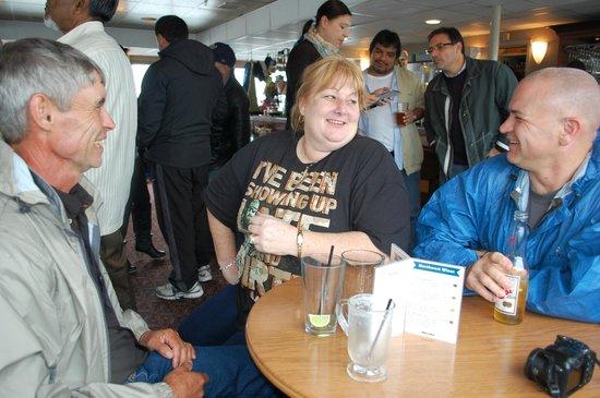 Argosy Cruises : Waiting on the cruise to start