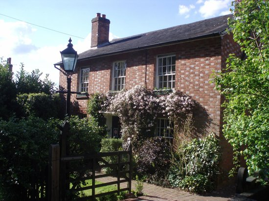 Capel, UK: Birling House