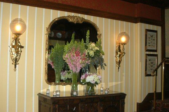 The Inn at Little Washington: Lobby
