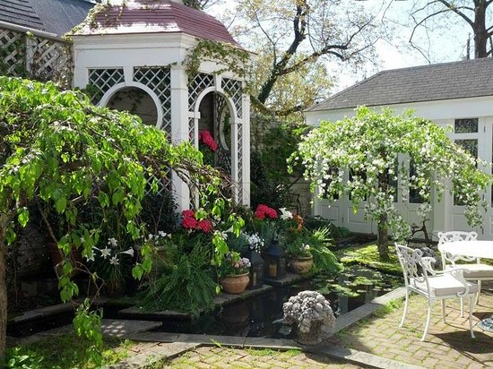 The Inn at Little Washington : Gazebo in the Gardens