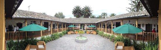 Hacienda- Hosteria Chorlavi : Hacienda-Hosteria Chorlavi