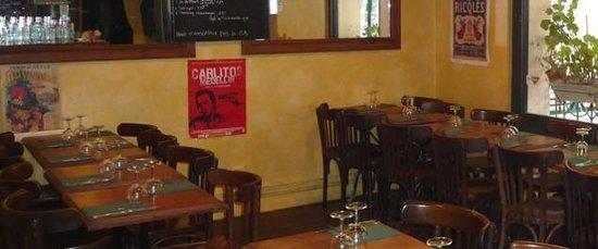 Triporteur Cafe: la petite salle
