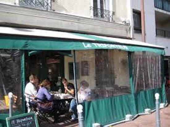 Triporteur Cafe: terrace hiver