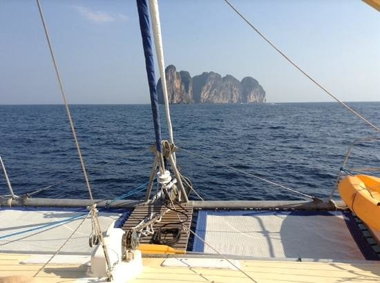 SY Nakamal Sail and Dive Charters: great ship