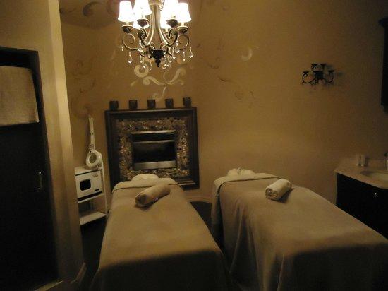 Couples massage deals niagara falls