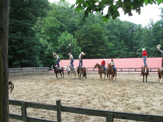 Clear Creek Guest Ranch: wranglers showing off