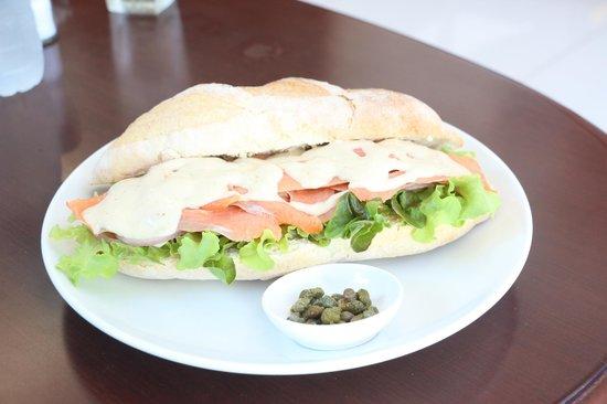 Lucky 13 Sandwich: salmon and hors reddish sauce and fresh salad