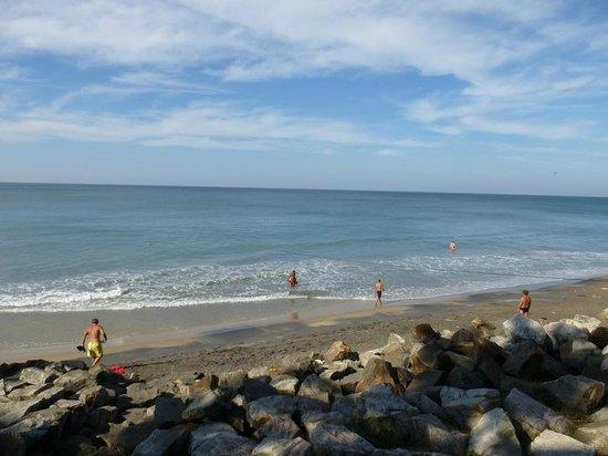 Thiruvambadi Beach Retreat: пляж