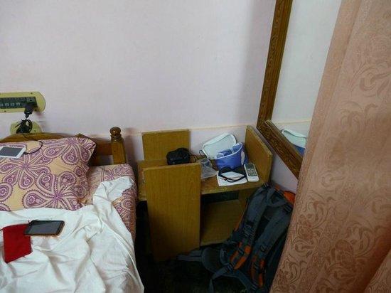 Thiruvambadi Beach Retreat: номер, зеркало в углу