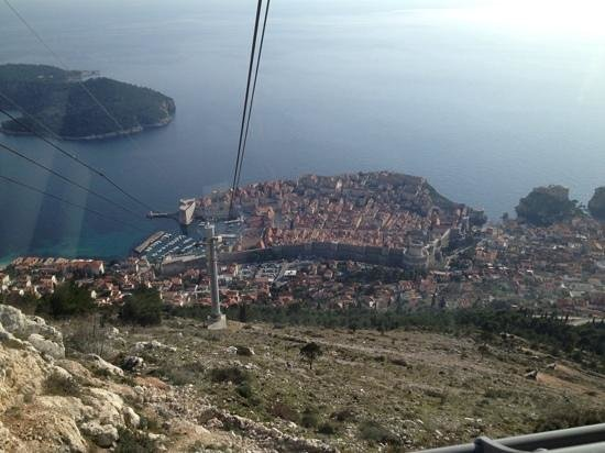 Funiculaire de Dubrovnik : A car with a view