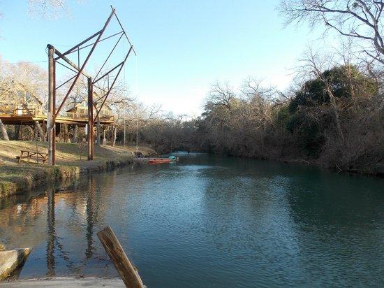 Geronimo Creek Retreat : Geronimo Creek