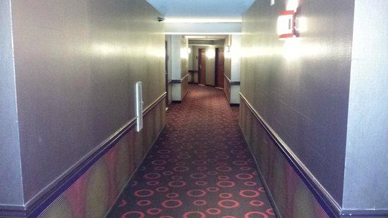 Planet Hollywood Resort & Casino : hallway