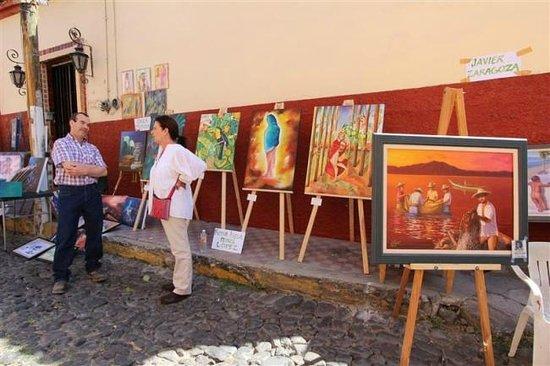 Hotel Ajijic Paza Suites: subastas de arte