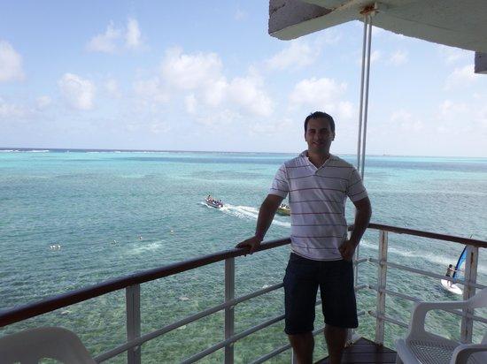 Decameron Aquarium: Vista del balcón Habitación 314