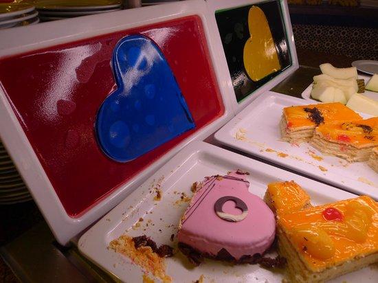IFA Buenaventura Hotel: Dessertbuffet am Valentinstag