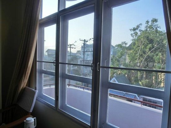 Cinderella Hotel: 201号室からの眺め
