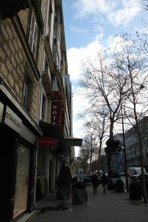 Hôtel Ampère Paris: rue extérieur