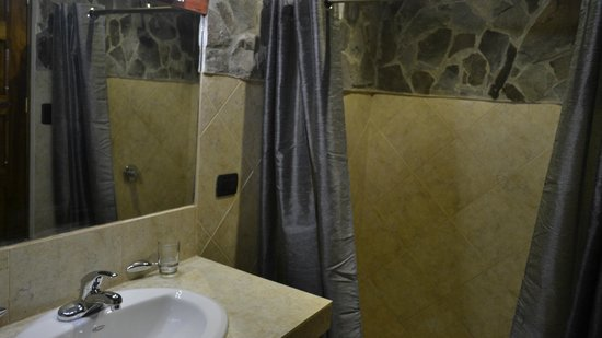 Hotel Villa Creole: Deluxe Double Bathroom