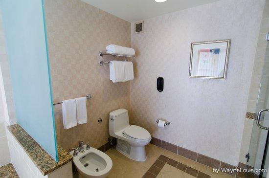 InterContinental Los Angeles Century City : Bathroom 03