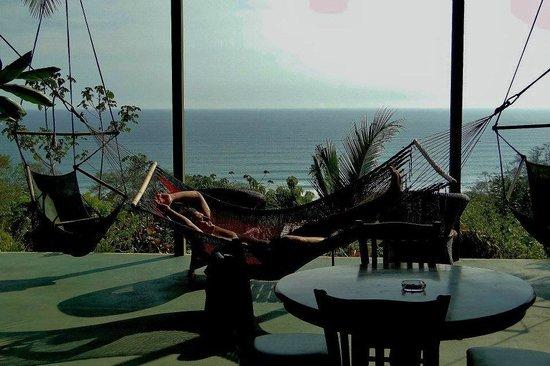 Surf Vista Villas: Hammock after a day on the ocean