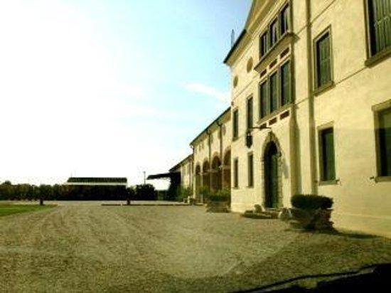 Villa Valcorba Duse Masin: la facciata