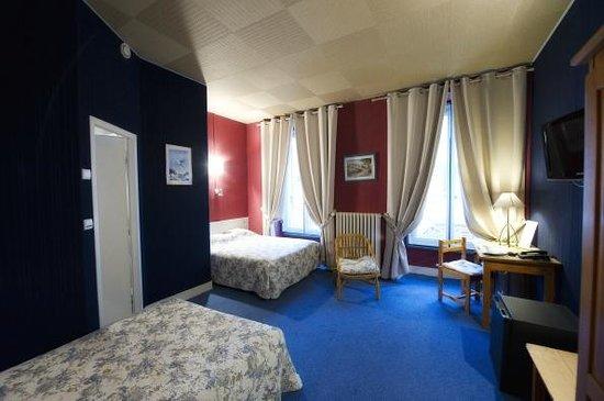 Hotel Adour : chambre triple