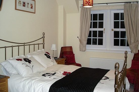 Tweed View B&B: Room is in pristine condition and the bed is very comfortable.