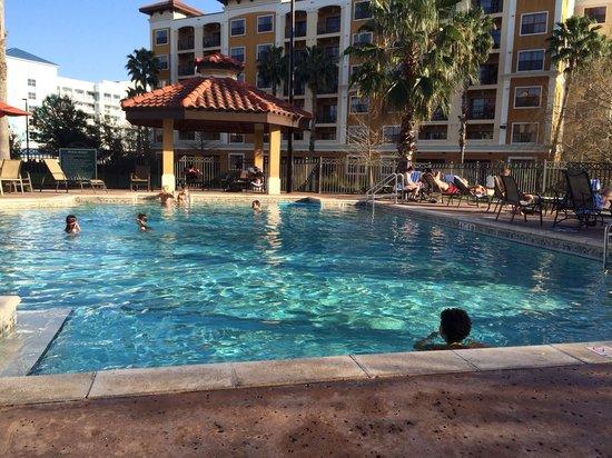 Floridays Resort: Small quiet pool