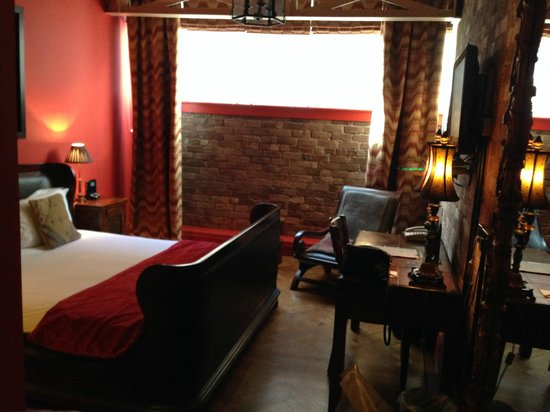 Velvet Hotel: Room 21