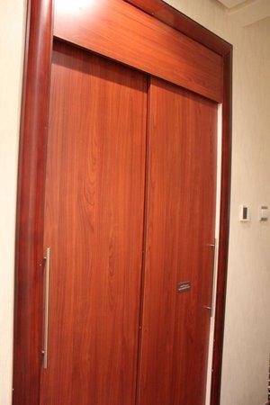 Cassells Al Barsha Hotel : Номер