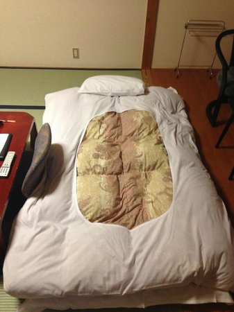 Tokino Yu: bed