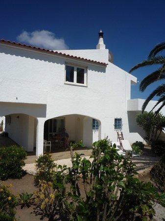 Villa M6: Blick auf's Haus