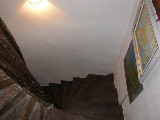 Les Trois Maillets : Stairs