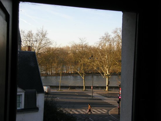 Les Trois Maillets : View from Room no 2