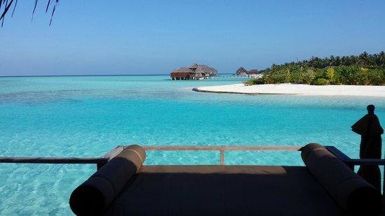 Anantara Dhigu MaldivesResort: Dalla stanza al risveglio