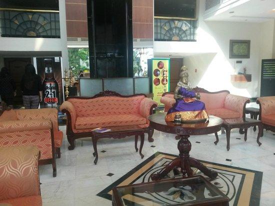 Regency Madurai By GRT Hotels : hotel lobby seating area