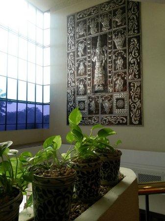 Regency Madurai by GRT Hotels : wall deco2