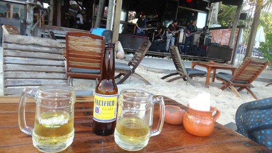 Fusion Bar & Restaurant : Happy Hour