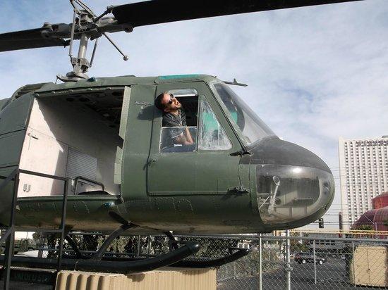 Battlefield Vegas: We're going down!