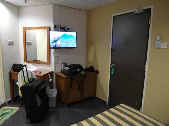 Beach Hotel: standard room