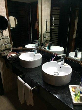 Bavaro Princess All Suites Resort, Spa & Casino : la salle de bain de la chambre 866