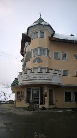 Hotel Alpenaussicht: Hotel frontage