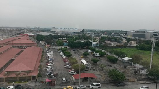 Holiday Inn Guayaquil Airport: One of the beautiful views from the room.