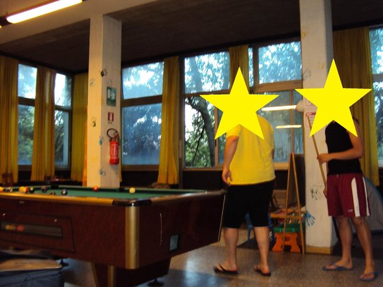 Hostel Dante-Ravenna : Spazio giovani e bambini con angoli bimbi e giochi tradizionali per i più grandi