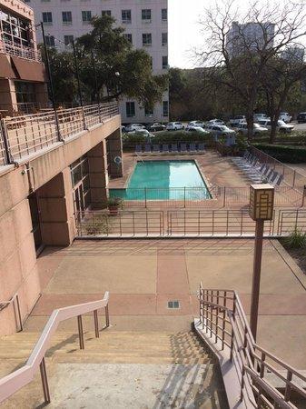 Sheraton Austin at the Capitol: Pool