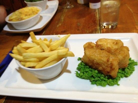 The Restaurant - Seaview Hotel: Sad or what?