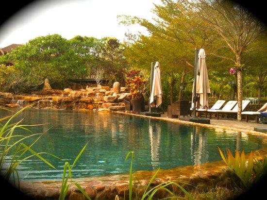 Parama Koh Chang Resort: piscina