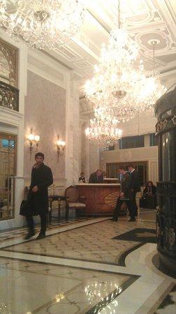 Rixos Pera Istanbul : Lobby