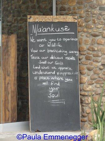 N/a'an ku se Lodge and Wildlife Sanctuary: a warm welcome