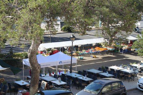 THB Felip: Sundays's marketplace